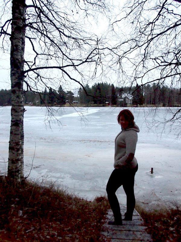 Jäälinjärven rannalla