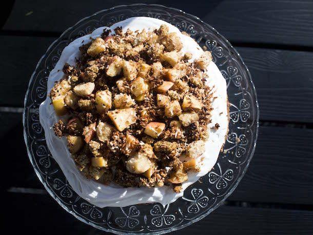 Omenahyve-kakku